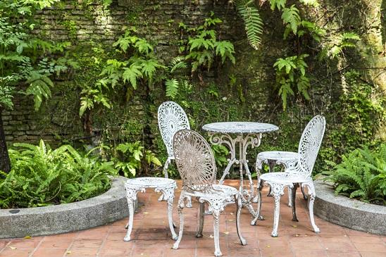 עיצוב כסאות גן